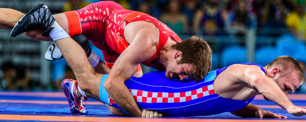 Andy Bisek falls in UWW rankings
